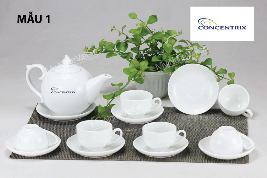 Bình trà in logo